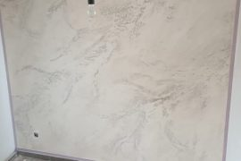 Wand mit Marmor-Optik